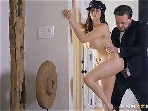Ariella Ferrera taking it firm in her pussyhole