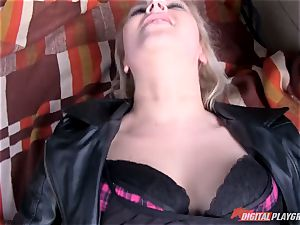 crazy platinum-blonde Nikky fantasy tries to steal the car she's about to get screwed in