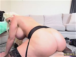 cougar hair pulling Step mommy s fresh plow fucktoy