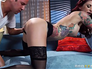 Monique Alexander demonstrates an actress how its done