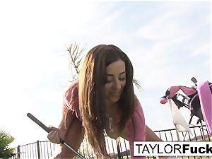 Taylor shows you her phat bosoms