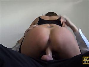 buxom milf Sienna Hudson gets her puss bashed stiff