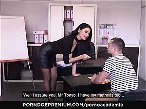 porn ACADEMIE - buttfuck hookup for Ania Kinski in threeway