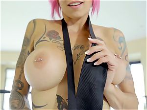 My cute tattooed paramour Anna Bell Peaks enjoys my man meat