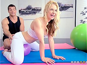 Sarah Vandella anal humping on yoga ball