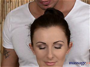 massage rooms wondrous client loves stud's huge stiff man sausage