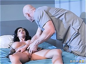 Johnny Sins gives Lily Lane her daily dosage of hook-up in jail