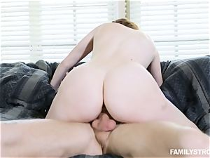 Stacey LeAnn is a crazy insatiable nubile