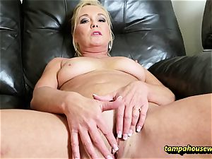 The milf lecturer trains the schoolgirl