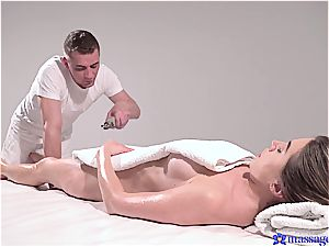 red-hot massage turns to voluptuous fucky-fucky and this dark-haired goddess likes it
