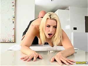 Anikka Albrite rammed by Johnny Sins