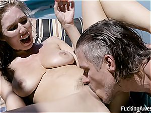 Lena Paul humps Her Brothers pal