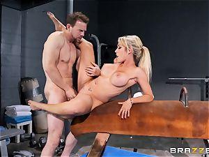 Capri Cavanni concludes her workout with some enormous boner