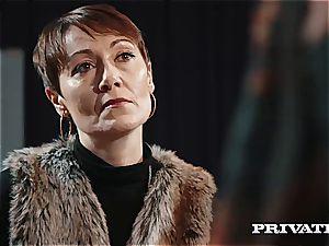 Private.com - Ella Hughes, jizz in Her unshaved beaver