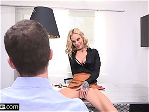 manager babe Sarah Jessie plumbs her secretary on the job
