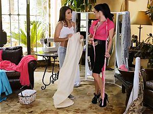 Adria Rae seduced by super-sexy seamstress Veronica Avluv