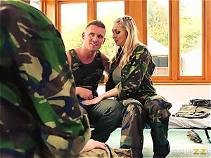 Army stunners Lexi Lowe and Stella Cox get a dual helping of pink cigar