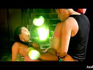 asian stunner Asa Akira gets her puss pulverized rock hard