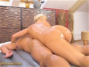 slimy hefty backside in action