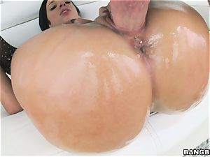 giant backside Jada Stevens thrashed in her gash
