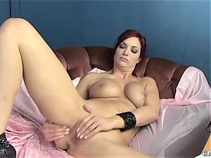 sensual Jayden Cole luvs teasing her sweet wet pleasure button