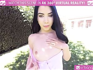VR pornography - mind-blowing woman Dee take a phat beef whistle in the park