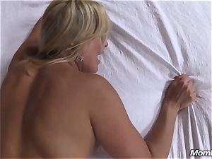 super-fucking-hot light-haired cougar creampie sensation