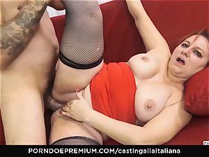 audition ALLA ITALIANA - Italian mature deep ass-fuck plow