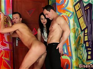 bisexual threesome jism