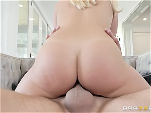 Bailey Brooke stretching her legs wide to get boned