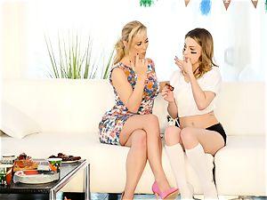 Kristen Scott gets personal with torrid stepmom Cherie Deville